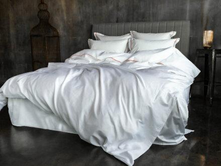 SALZBURG NOBLE TRADITIONS GRASS  - постельное белье с УЗКОЙ цветной декоративной отделкой.