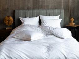 INNSBRUCK NOBLE TRADITIONS GRASS  - постельное белье с цветным декоративным КАНТОМ.